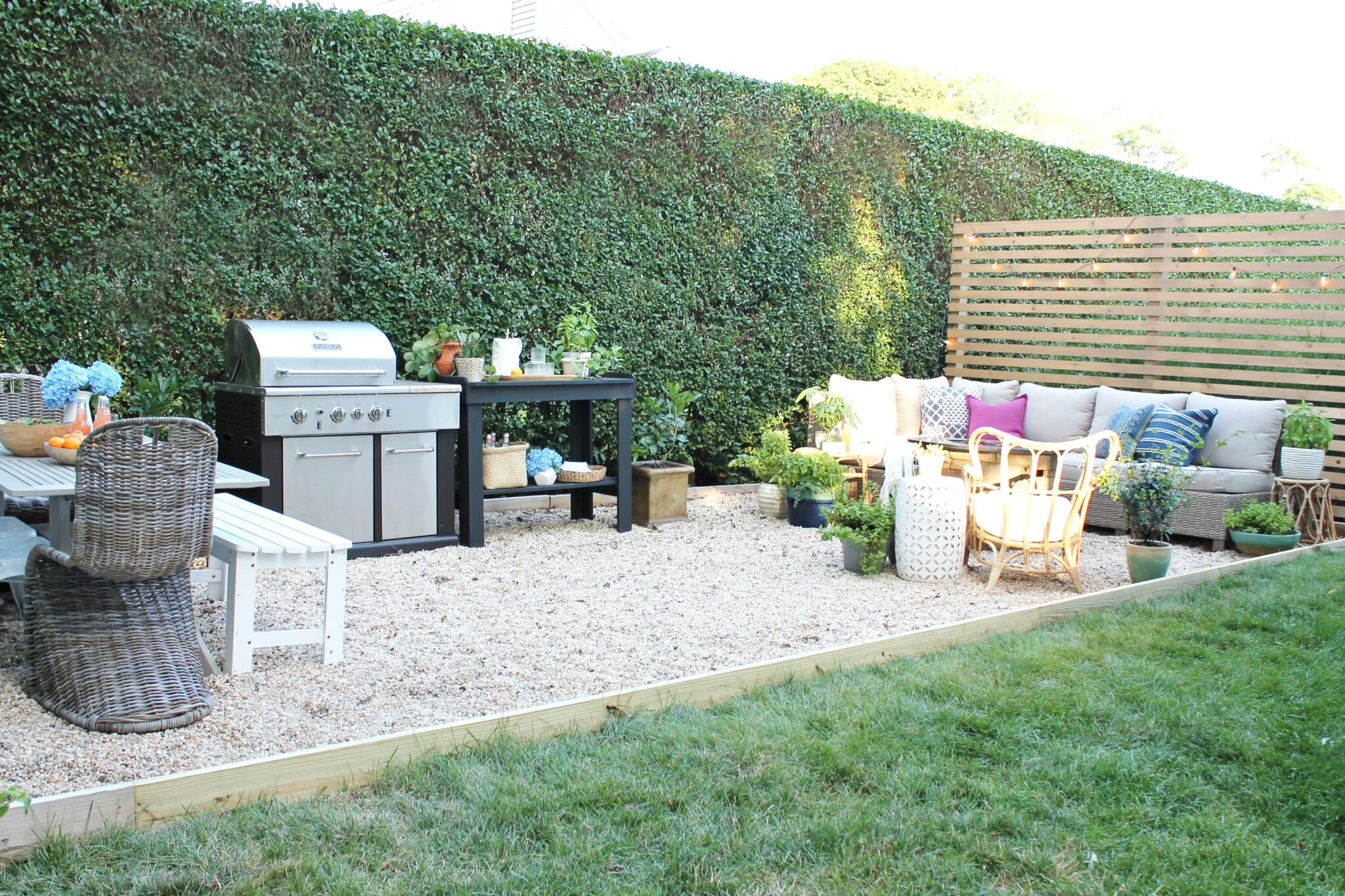 Outdoor Living Space On A Budget Patio Makeover Diy Projects